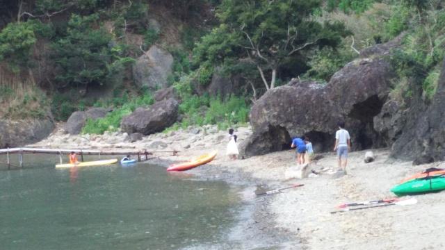 一日一組限定のキャンプ場なので、まるでプライベートビーチのよう。